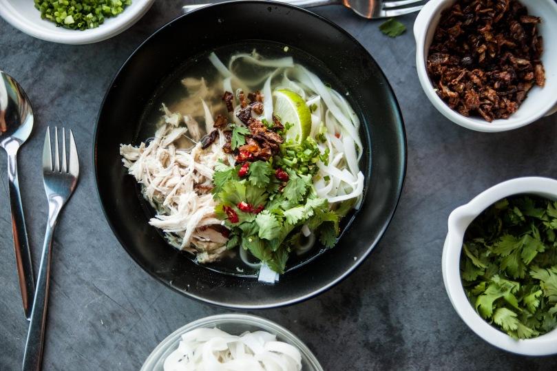 Vietnamesisk Nudelsuppe Pho Med Kylling Spis Vis